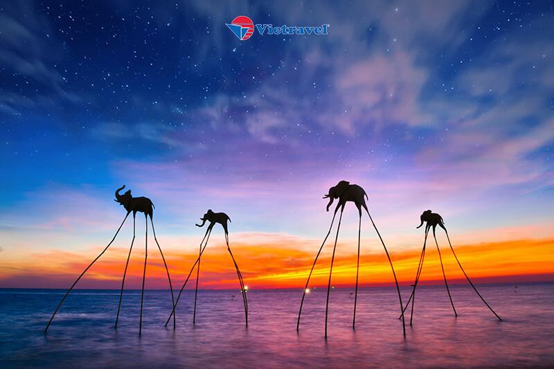 Bay cùng Vietnam Airlines: Phú Quốc - Ngắm hoàng hôn tại Sunset Sanato - Bãi Sao (Khách sạn 3 sao)