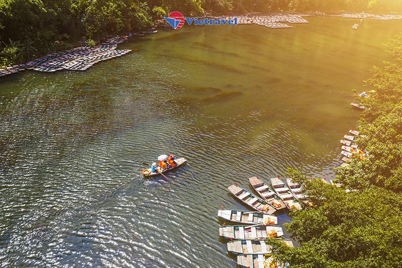 Bay cùng Vietravel Airlines: Sapa - Fansipan - Lào Cai - Hà Nội - Tam Chúc - Tràng An (Tặng vé tàu hỏa Mường Hoa)