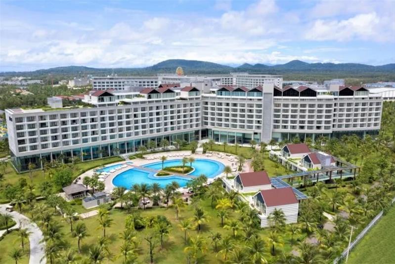 Combo 3N2Đ Radisson Blu Phú Quốc 5 Sao: Vé máy bay khứ hồi + Phòng Deluxe + Ăn sáng + Đưa đón sân bay