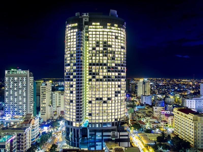 Combo 3N2Đ Eastin Grand Hotel Nha Trang 5 sao: Vé máy bay khứ hồi + Phòng Tiêu Chuẩn Hướng Biển + Ăn sáng
