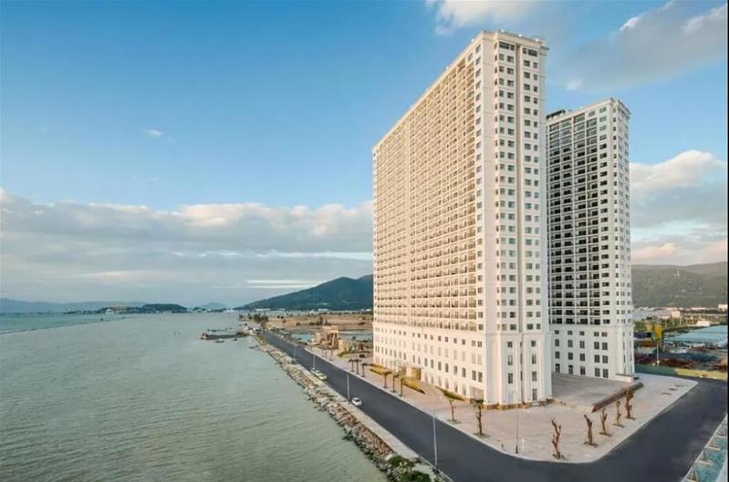 Combo 3N2Đ Khách sạn Da Nang Golden Bay 5*:  Phòng tiêu chuẩn + Ăn sáng + Xe đưa đón sân bay