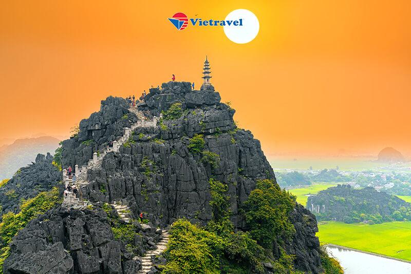 Trải nghiệm bay cùng HK Vietravel Airlines : Đà Nẵng - Hà Nội - Lễ Cầu An Chùa Bái Đính - Hang Múa - Tam Cốc - Vườn Chim Thung Nham (KS 3*)