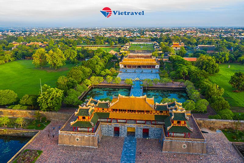 Đà Nẵng - Huế - La Vang - Động Phong Nha - Bà Nà - Cầu Vàng - Hội An - Đà Nẵng (Khách sạn 4* . Tour Giá Sốc)