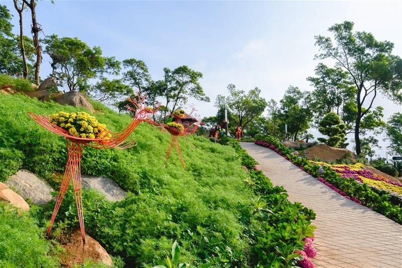 Củ Chi - Vùng Đất Thép - Tây Ninh  - Lưu Trú Vinpearl Hotel Chuẩn 5 Sao
