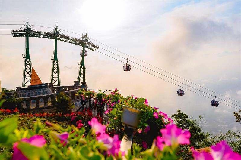 Củ Chi - Vùng Đất Thép - Tây Ninh  - Lưu Trú Vinpearl Hotel Chuẩn 5 Sao (Nhóm 8 khách)